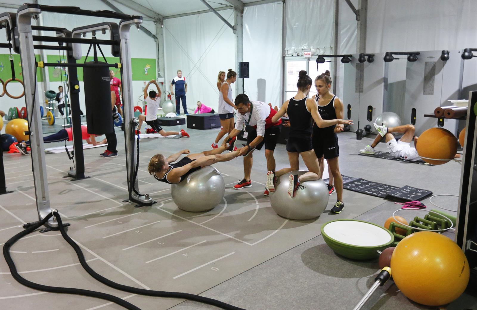 Тренировочный шатер гимнасток