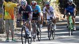 Бельгиец Грег Ван Авермат (слева на втором плане) вырвал победу на последних минутах у полького велогонщика, который лидировал до самого конца