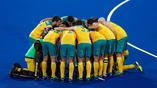 Австралийская сборная по хоккею на траве перед матчем