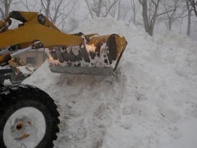 В Челябинской области снегоуборщик задавил женщину