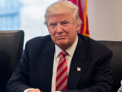 Трамп поздравил сына и его жену с ожидаемым ребенком