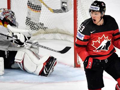 Хоккеисты России сыграют с Канадой в полуфинале чемпионата мира