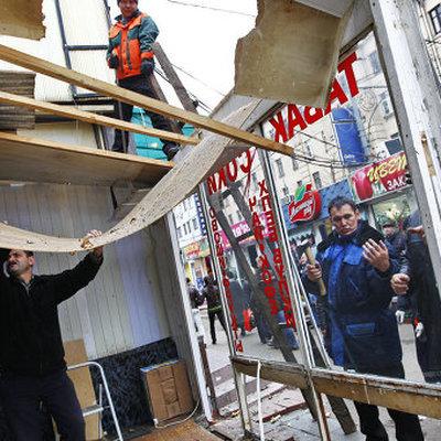 Сенную площадь в Санкт-Петербурге освободятот незаконных торговых объектов