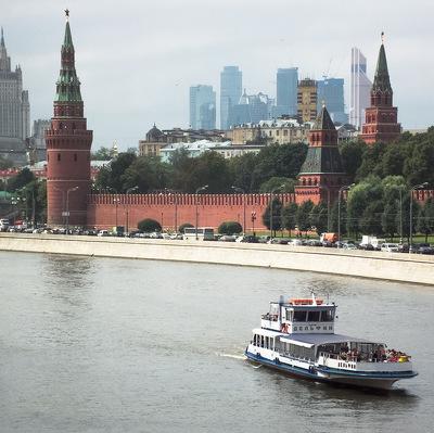 Почти треть периметра стен и башен Московского Кремля будет отреставрирована до конца 2016 года