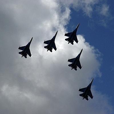 Репетиция воздушной части Парада Победызавершилась над Москвой