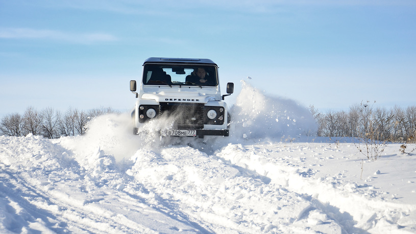 Тест-драйв Land Rover Defender: он улетел, но обещал вернуться
