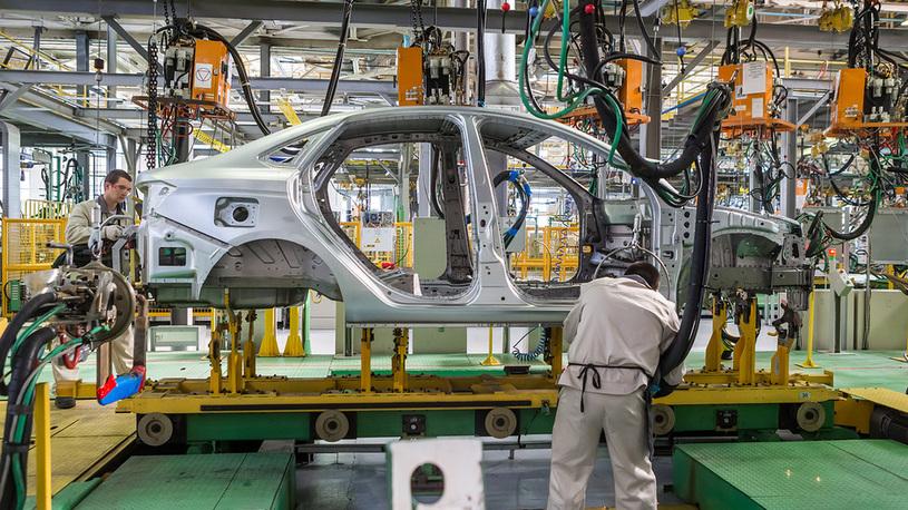 Выпуск Lada Vesta в Ижевске возобновлен