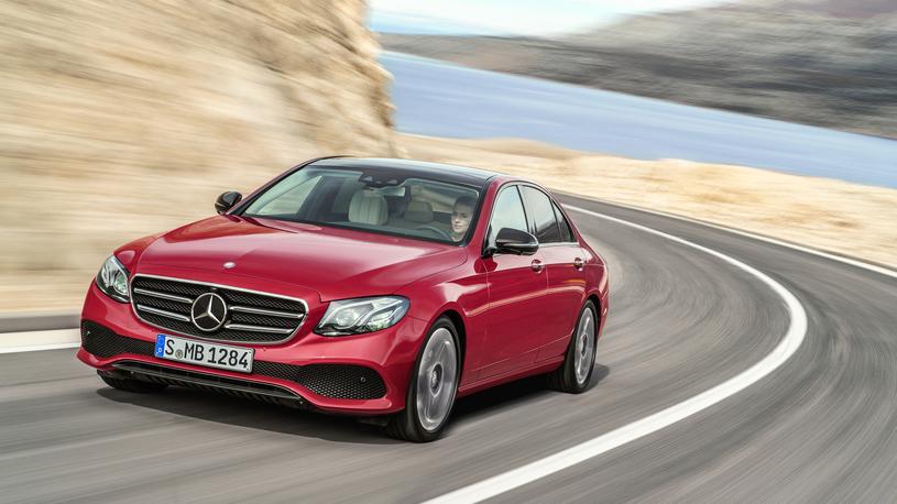 Компания Mercedes-Benz отзывает в России модель Е-класса