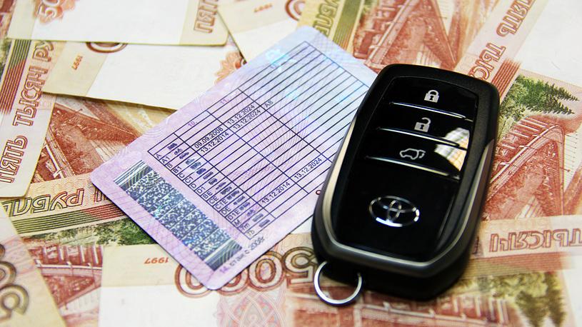 Должников по штрафам и налогам предлагают лишать водительских прав