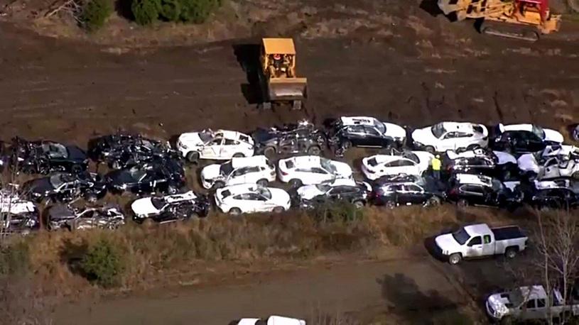 При крушении поезда погибло больше сотни BMW