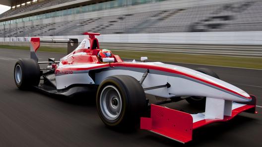 Участие в новой гоночной серии GP3 подтвердили 10 команд
