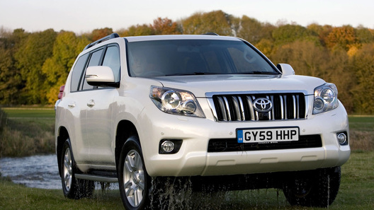 Toyota начинает продажи европейской версии нового Land Cruiser