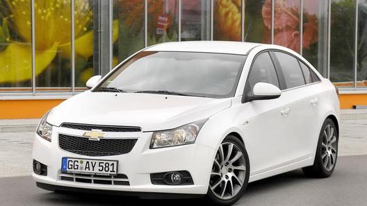 Chevrolet предлагает в Европе наборы опций для моделей Cruze, Aveo и Captiva