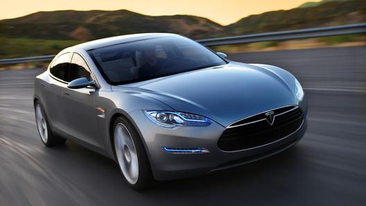 Tesla начинает стратегическое сотрудничество с Toyota