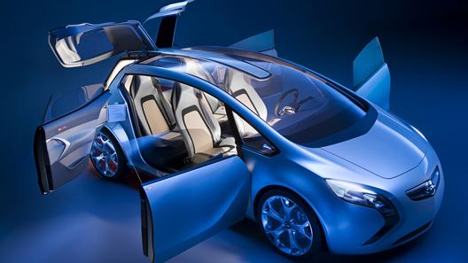 Flextreme GT/E: прототип гибридного спортивного купе от Opel