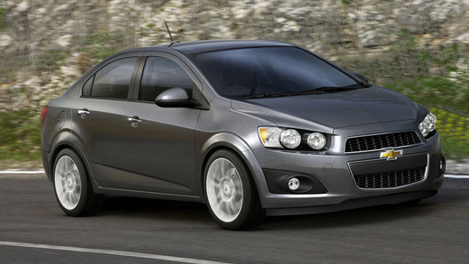Первые фото нового седана Chevrolet Aveo просочились в Сеть
