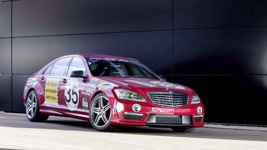Mercedes-Benz демонстрирует новый 5,5-литровый битурбированный V8 на S63 AMG