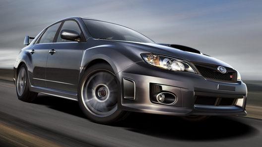 Subaru обновляет хэтчбек и представляет новый седан Impreza STI