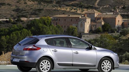 Хэтчбек Renault Megane будет доступен россиянам с 1 мая