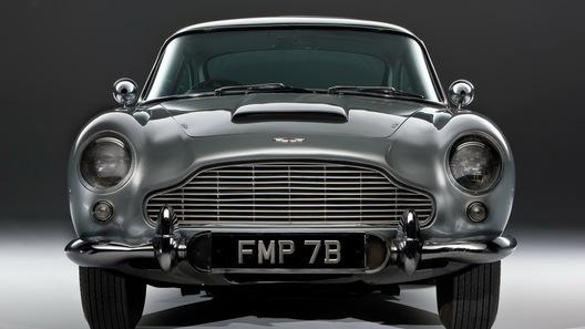 Легендарный автомобиль Джеймса Бонда продадут за 5 млн долларов