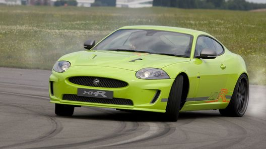 Jaguar XKR Goodwood Special: зеленый свет