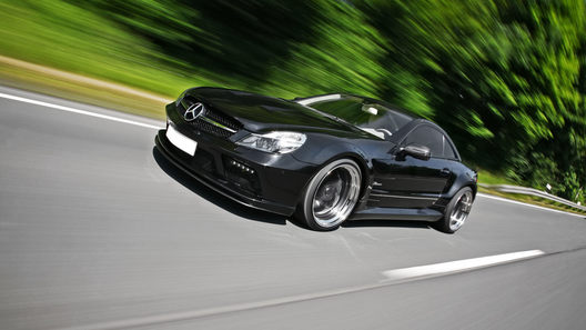 Фирма Inden Design представила Mercedes-Benz SL63 AMG Black Saphir