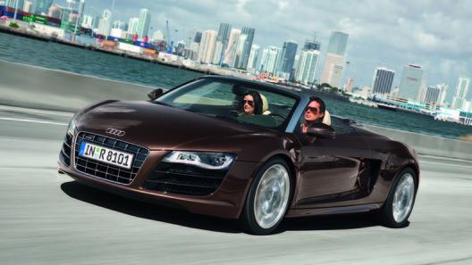 Audi представила полноприводную новинку - R8 Spyder 4,2 FSI
