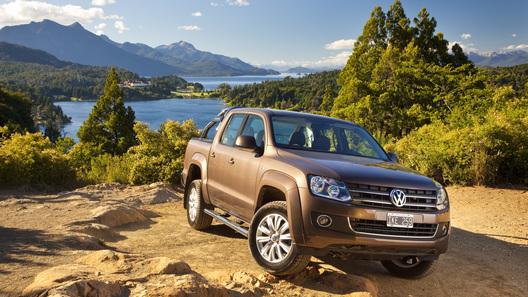 Volkswagen выводит на российский рынок пикап Amarok по цене от 990 000 рублей