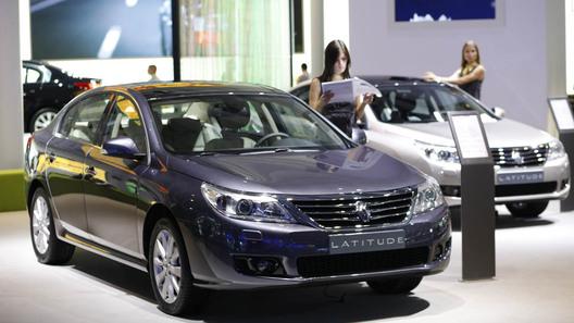 Новый бизнес-седан Renault Latitude обойдется россиянам в 835 тысяч рублей