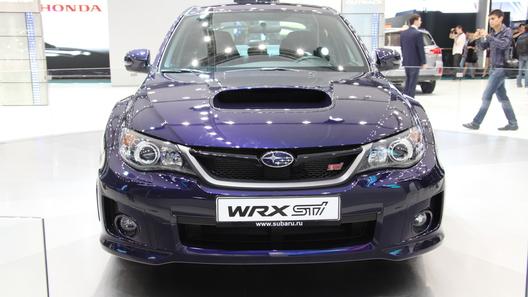 Subaru представила на автосалоне 2011 Impreza WRX STi и новый кроссовер XV