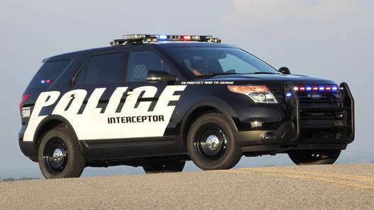 Полицейский Ford Explorer: служить и защищать