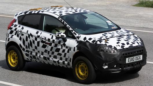 Папарацци сделали первые снимки кроссовера на базе Ford Fiesta