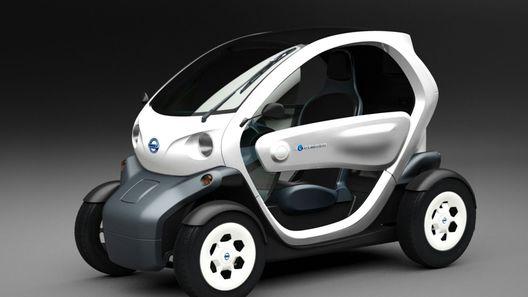 Nissan перевешивает логотипы на электроконцептах
