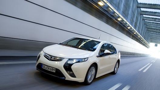 Opel обнародовал стоимость электромобиля Ampera