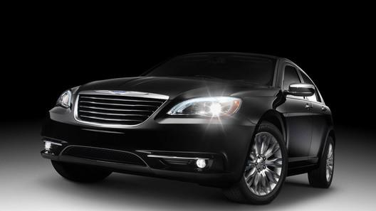 Открытую версию Chrysler 200 покажут в Нью-Йорке