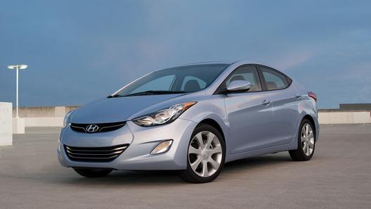 Американская версия Hyundai Elantra дебютирует в Лос-Анджелесе