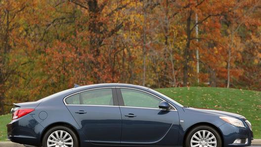 NADAguides выбрала автомобилем года Buick Regal