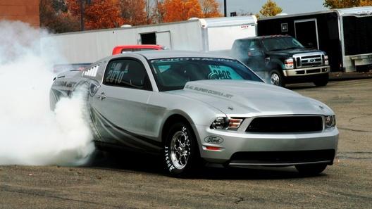 Официальный дрэгстер Mustang Cobra Jet обновится к сезону 2011 года