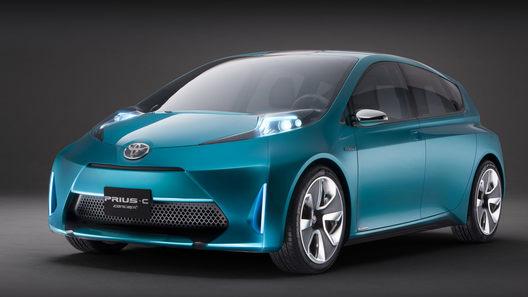 Семейство Toyota Prius пополнится компактным хэтчбеком