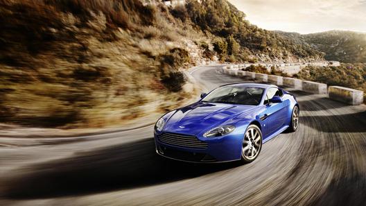 Aston Martin Vantage получил приставку S и 10 новых