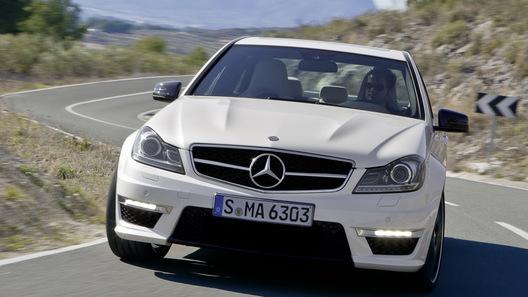 Mercedes C63 AMG показан официально