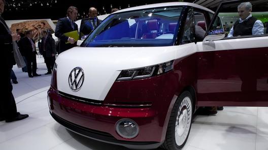 VW возрождает легендарный вэн в Женеве