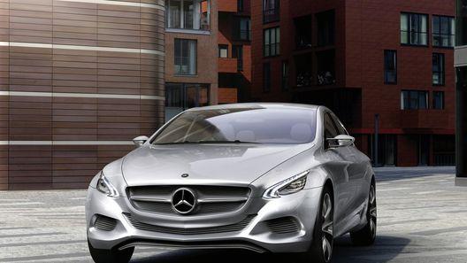 Mercedes-Benz BLS станет флагманом переднеприводного семейства