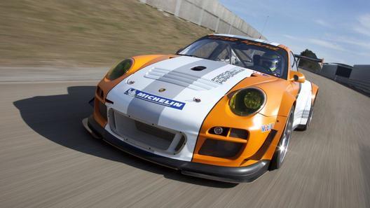 Porsche обновил гибридный 911-й