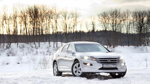 Тест-драйв новых моделей Honda: Crosstour, Accord, Jazz и Civic