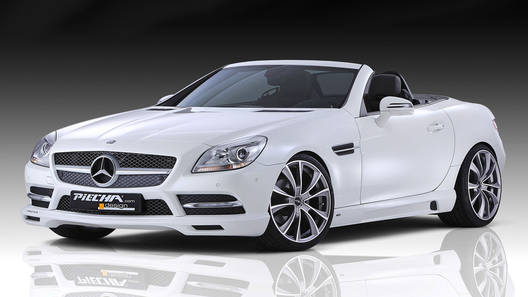 Новое поколение Mercedes SLK уже получило стайлинг-кит