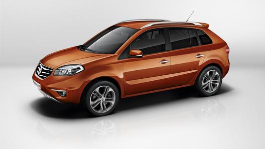 Renault назвал цены и комплектации в России нового Koleos