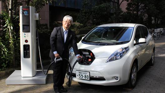 Nissan пытается сделать электромобили дешевле