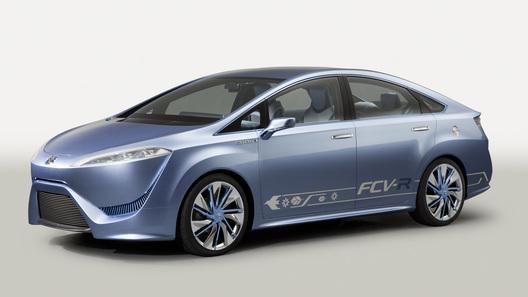 Toyota привезет пять мировых премьер на автосалон в Токио