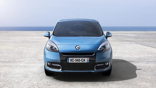 Обновленный Renault Scenic появится в России весной